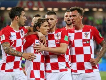Croacia celebra un gol