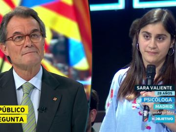 Sara Valiente, psicóloga de 28 años, le pregunta a Artur Mas en El Objetivo