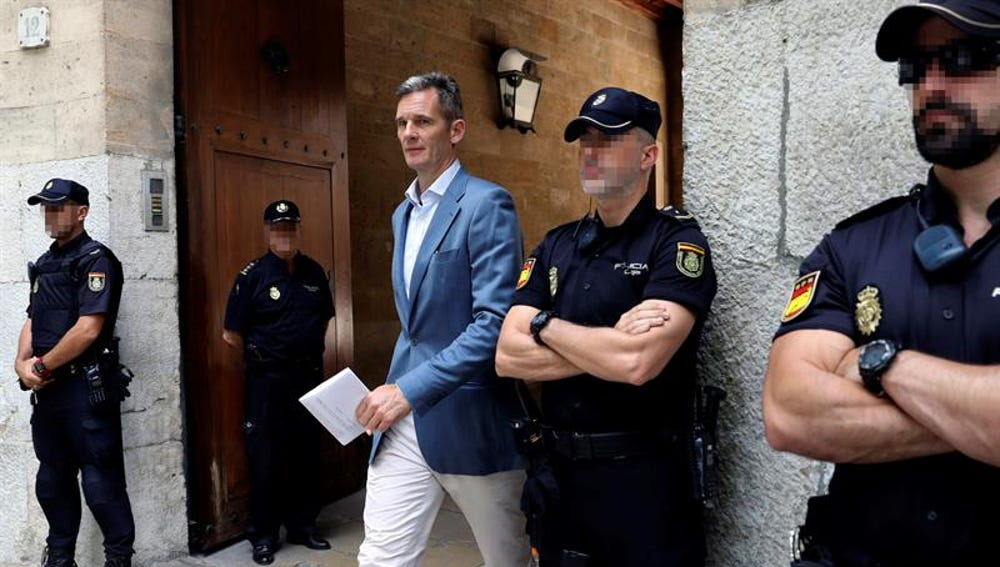 Iñaki Urdangarin a su salida de la Audiencia de Palma de Mallorca