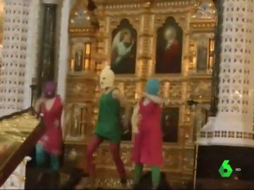 Pussy Riot en la cateral de Rusia en 2012