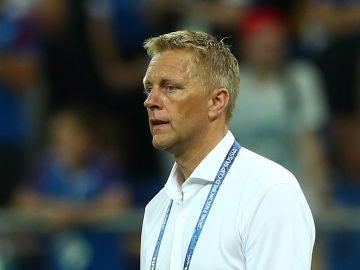 Heiimr Hallgrimsson, seleccionador islandés, durante un partido
