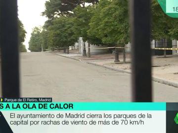 Los fuertes vientos han cerrado los parques de Madrid, entre ellos El Retiro