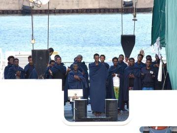 ACNUR insta a la UE a permitir urgentemente el desembarco de 150 inmigrantes