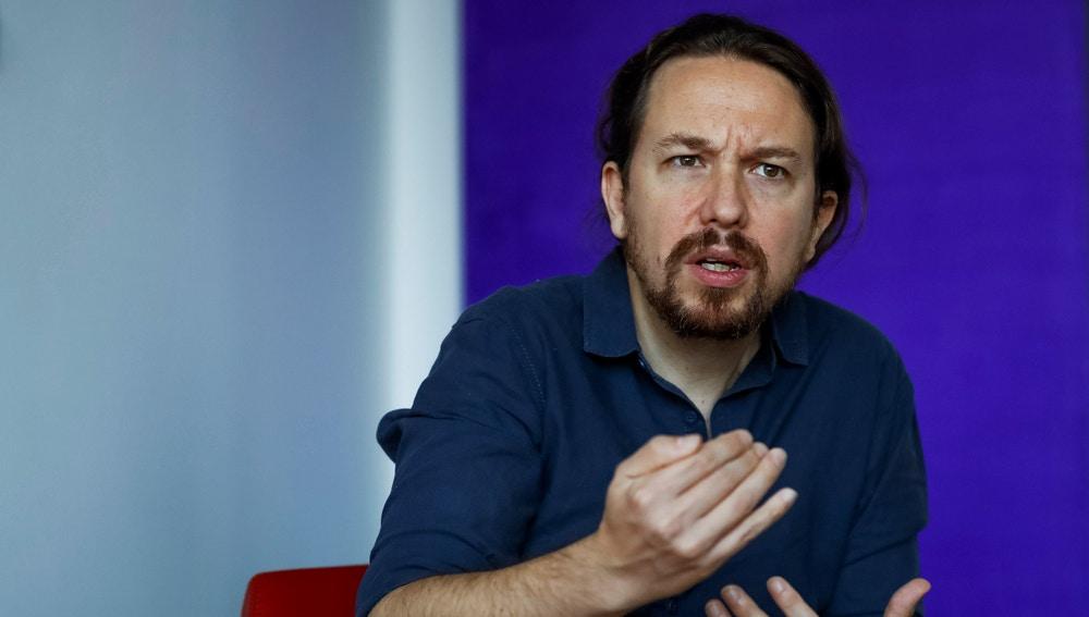El secretario general de Podemos, Pablo Iglesias, durante una entrevista.