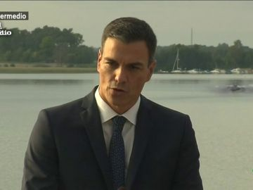 Pedro Sánchez habla a la prensa