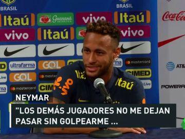 """Neymar se queja de las faltas que recibió durante el Mundial: """"No me dejan pasar sin golpearme"""""""