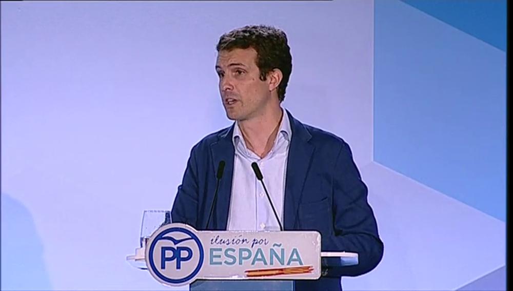 """""""Cuando abrimos un hospital decimos 'viva el rey'"""": el enrevesado discurso de Pablo Casado que arrasa en redes sociales"""