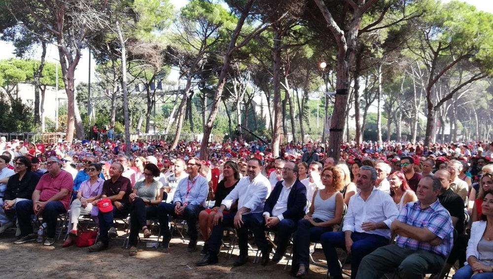 Diputados del PSOE durante la Fiesta de la Rosa