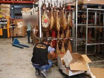 La Guardia Civil incauta 1.000 toneladas de productos cárnicos en condiciones de insalubridad