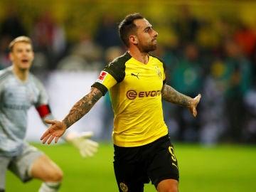 Paco Alcácer celebra el gol de la victoria ante el Bayern