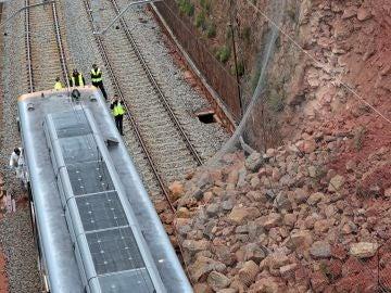 Imagen del tren descarrilado en Vacarisses, Barcelona
