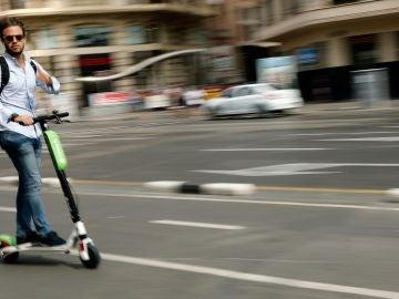 Usuario de patinete eléctrico
