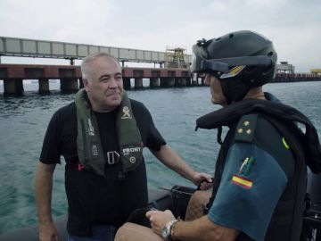 Ferreras acompaña a la Guardia Civil