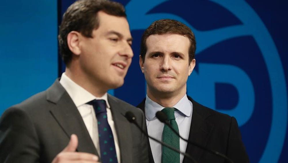 Juanma Moreno y Pablo Casado en rueda de prensa