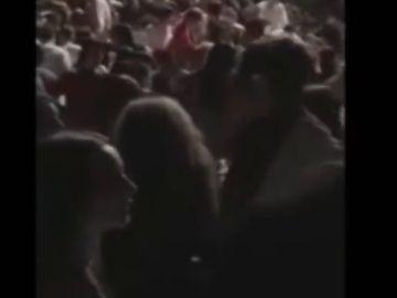 El momento de la avalancha en el concierto de Italia que ha acabado con seis muertos y decenas de heridos