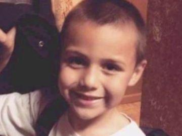 Salen a la luz escalofriantes detalles del caso del niño de 10 años que fue torturado por su familia hasta la muerte