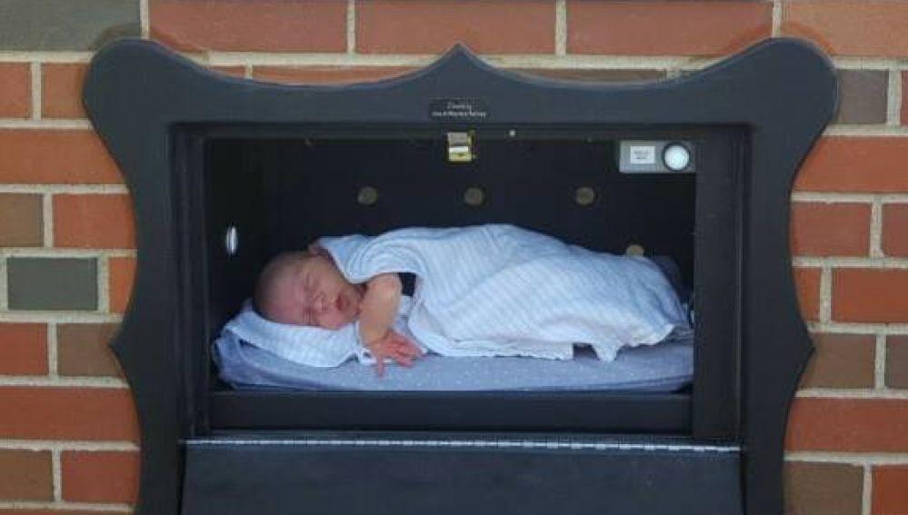 Buzón para dejar a los bebés no deseados