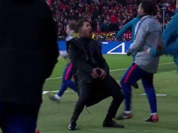 Así festejó Simeone el gol de Giménez