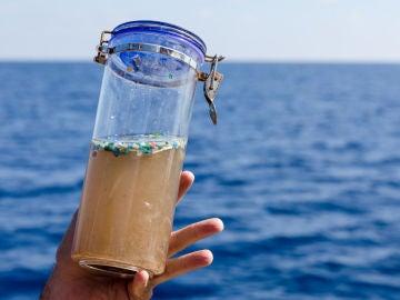 Microplásticos recogidos en el mar