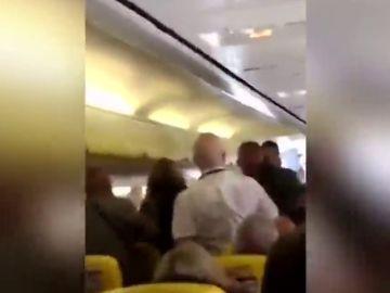 Pelea en un vuelo de Ryanair