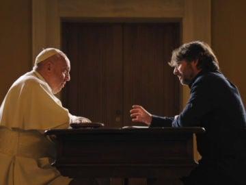 """Salvados el papa   Francisco, sobre la Memoria Histórica: """"Una sociedad no puede sonreír al futuro teniendo sus muertos escondidos"""""""