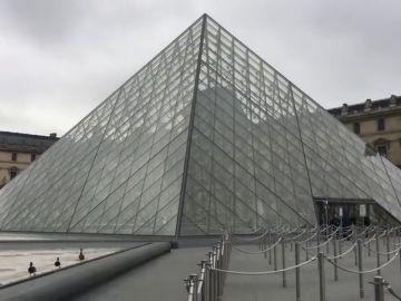 30 años de la pirámide del Louvre, el primer gran zarpazo de la modernidad