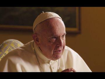 """La reflexión del papa sobre la homosexualidad: """"Si ven cosas raras, consulten, vayan a un profesional"""""""