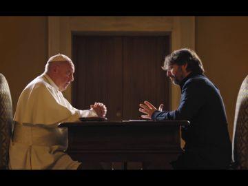 """La crítica de el papa Francisco a Europa: """"Se olvidó de que tras las guerras sus hijos golpearon las puertas de América"""""""