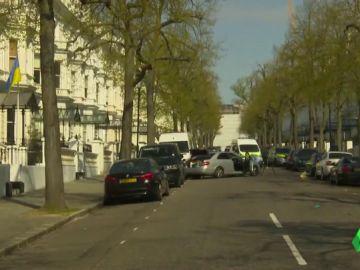 Imagen del coche que se ha estrellado contra el de la embajadora de Ucrania en Reino Unido