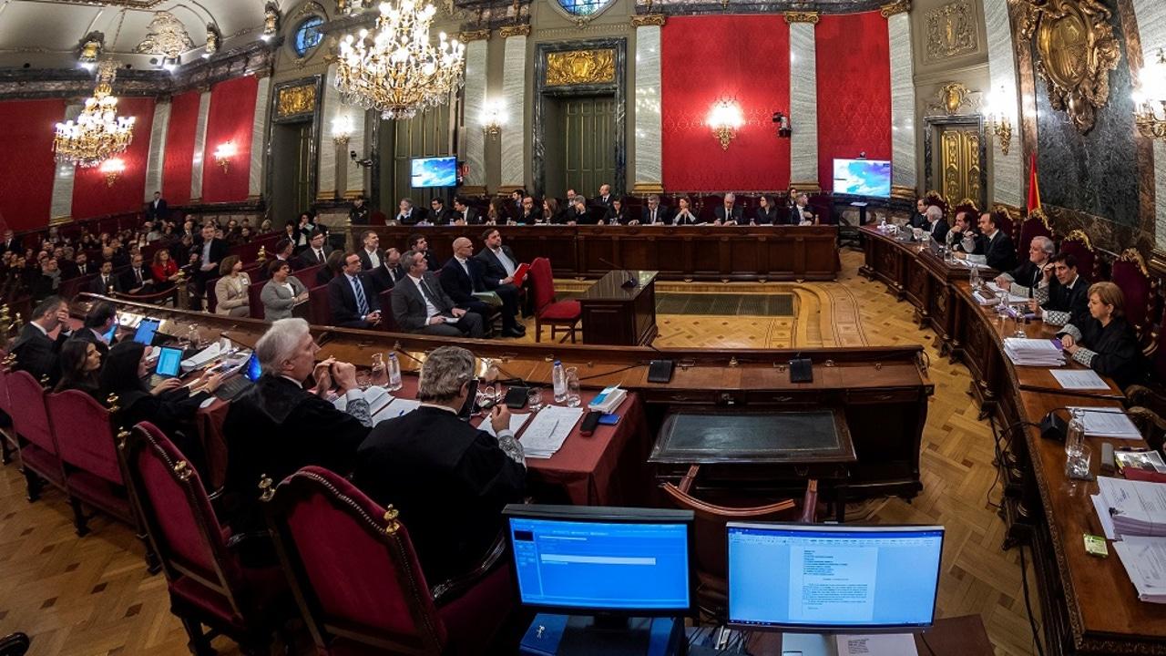 Vista general de la Sala de Plenos del Tribunal Supremo al inicio del juicio del 'procés'