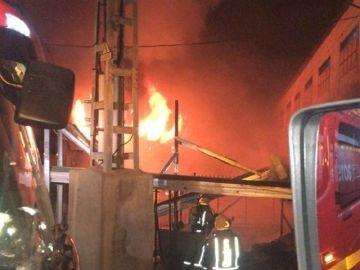 Incendio en una granja de pollos de Alicante