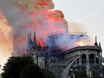 El incendio que ha arrasado la catedral de Notre-Dame