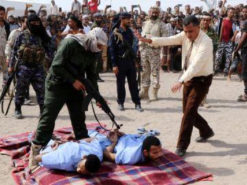 Ejecutan a dos hombres por violar y asesinar a un niño en Yemen