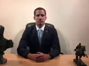 """Guaidó convoca a """"toda Venezuela"""" a participar en la """"fase definitiva"""" de la 'Operación Libertad'"""