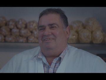 Un vecino de Cornellá hablan con Jordi Évole