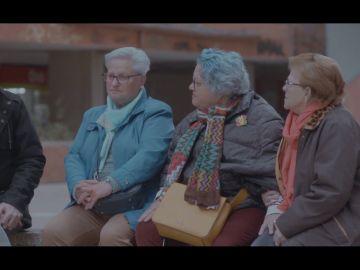 Vecinas de Cornellá hablan con Jordi Évole