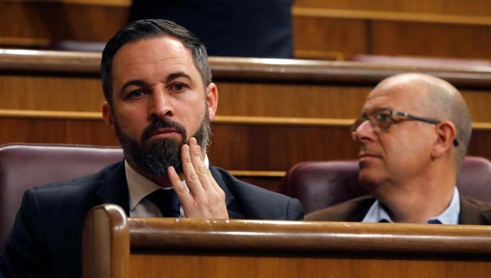 El presidente de VOX, Santiago Abascal, junto a José Zaragoza