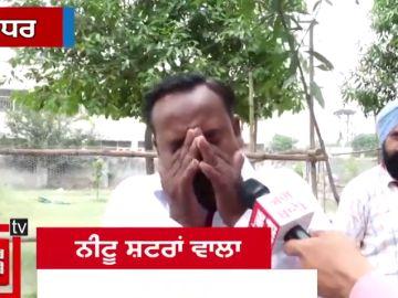 Un candidato indio rompe a llorar al creer que sólo le habían votado cinco personas cuando son nueve en su familia