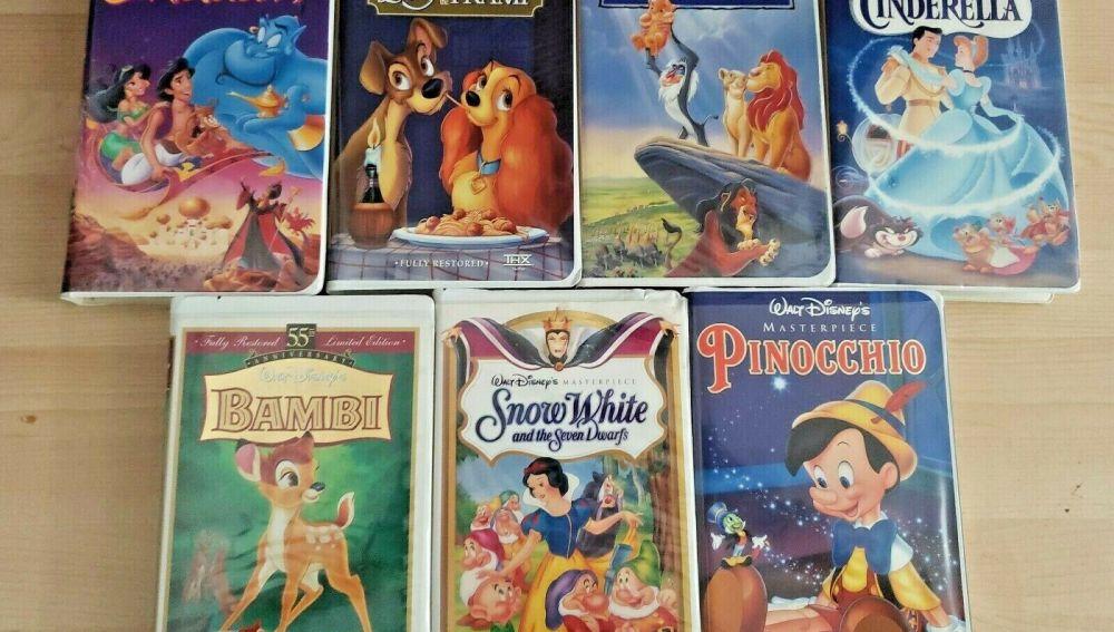 Imagen de varias cintas de VHS de Disney.