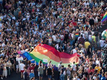 Multitudinaria manifestación del Orgullo en Madrid