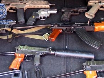 Armas de fuego incautadas a una organización criminal holandesa