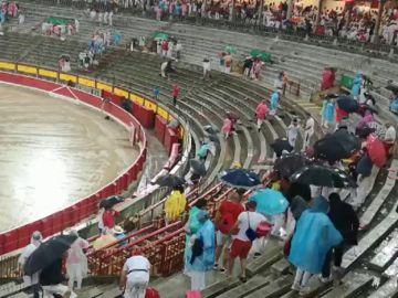 Cancelada la corrida de toros de los Sanfermines tras inundarse la plaza de Pamplona