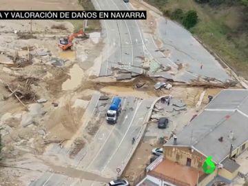 Carretera destrozada en Navarra por las inundaciones