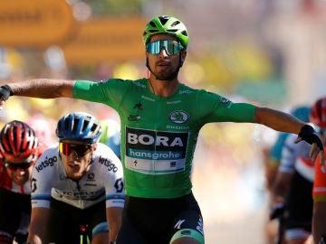 Sagan celebra su triunfo en la quinta etapa del Tour de Francia