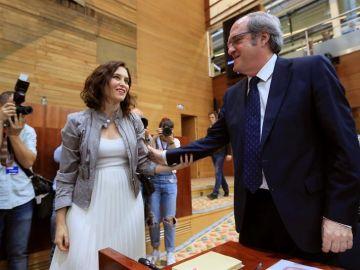 Isabel Díaz Ayuso del PP y Ángel Gabilondo del PSOE