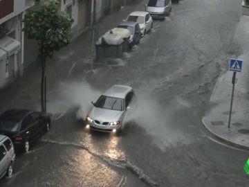Lluvias torrenciales en Galicia, Asturias y Castilla y León: hasta 20 litros por metro cuadrado en una hora