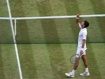 Djokovic celebra el título de Wimbledon