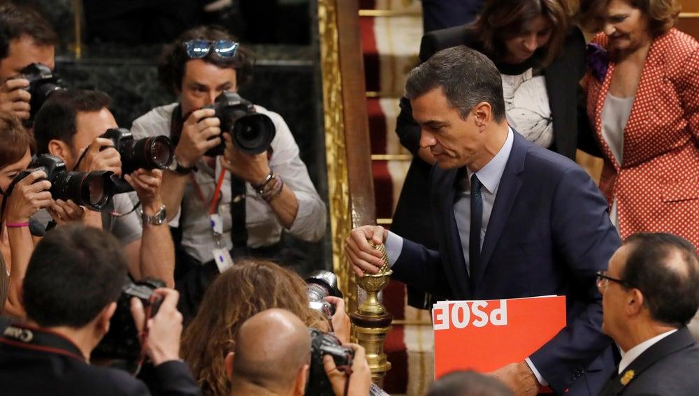 Pedro Sánchez en el Congreso tras fracasar en la votación de investidura