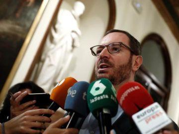 Maroto acusa al edil del PSOE que indaga su padrón de no estar empadronado