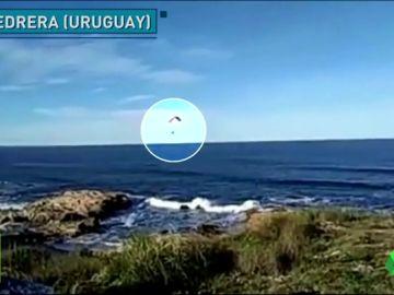 Hallan el cadáver del parapentista Leandro Ramos tras caer al mar en pleno vuelo